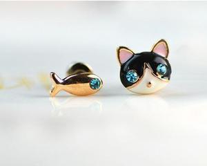 Aretes gato y pez,moda 2 pares, novedad,regalo, navidad,