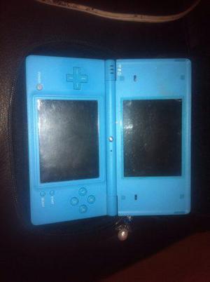 Nintendo dsi con accesorios y juegos vbf
