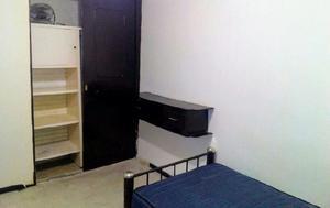 Renta habitación amueblada para estudiantes.