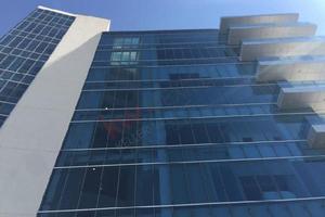 Oficinas en renta/edificio corporativo plaza boulevares