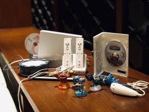 Wii, accesorios, juegos, controles, y mas