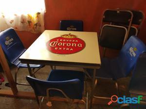 Antigua mesa y sillas corona vintage de la decada 1980