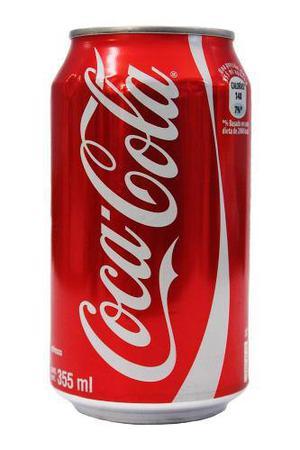 Caja de refrescos coca cola con 12 latas de 355 ml. cada una