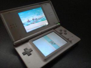 Nintendo ds lite. remate. usado. negociable.