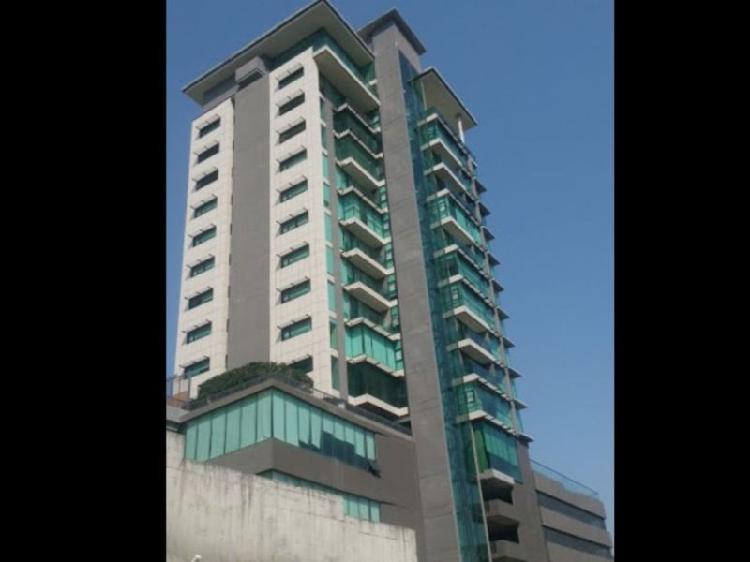 Renta de oficina planta baja torres martel /