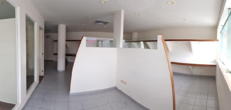 Amplia oficina corporativa de 92 m2 con 2 privados en av.