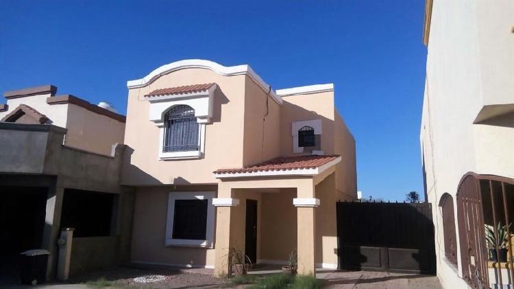 Casa en renta en montecarlo semi amueblada