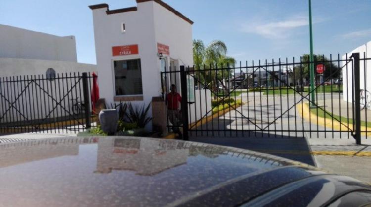 Casa renta viñedos salida silao utl uni gto campus leon