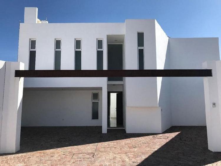 Casa en venta privada en zona sur guanajuato gto residencial