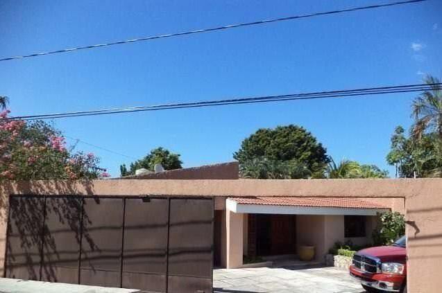 Casa en venta en la colonia chuburna / house for sale in