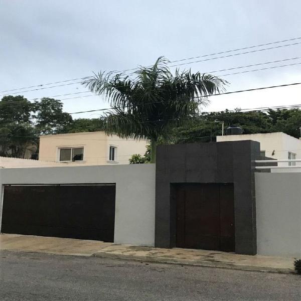 Casa en venta en la colonia montes de amé / house for sale