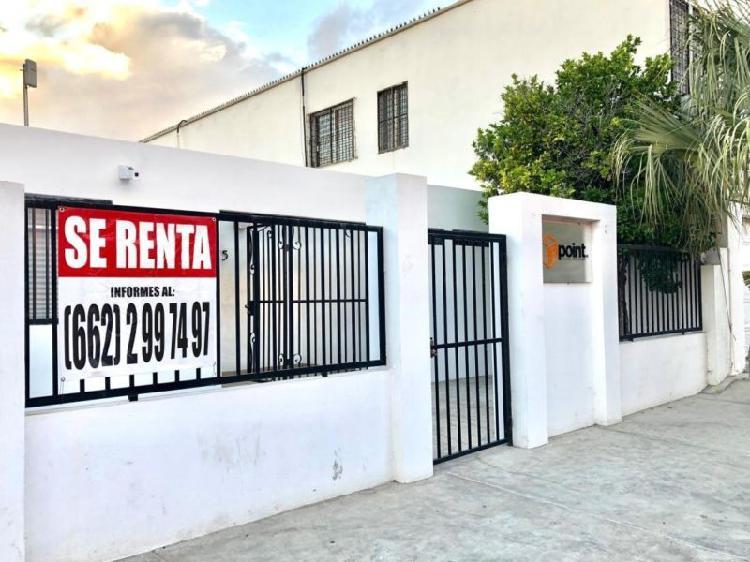 Se renta oficina buena ubicación san benito - 80m²