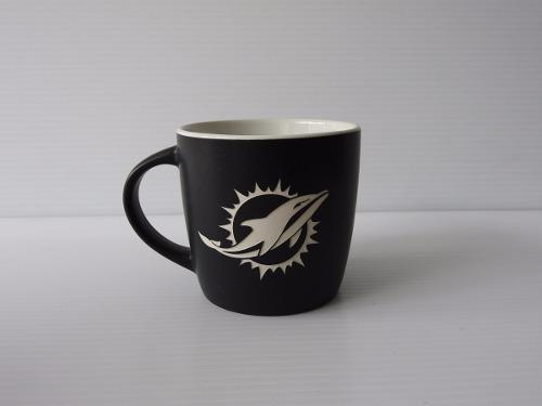 Miami dolphins taza negra coleccionable nfl c1df6ab4e9d