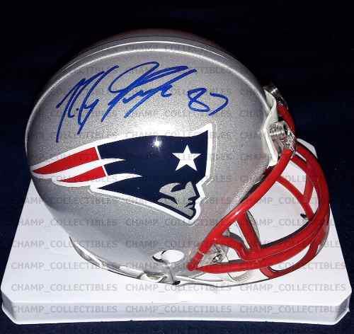 Mini casco autografiado rob gronkowski new england patriots 5ae069fbbbd