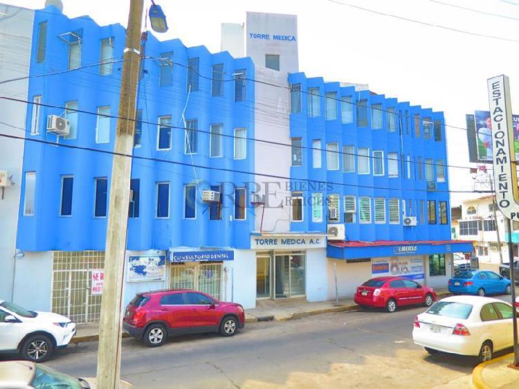 Local en venta para oficinas o consultorio en torre medica