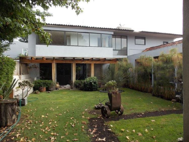 Bonita casa en venta en la asunción, /