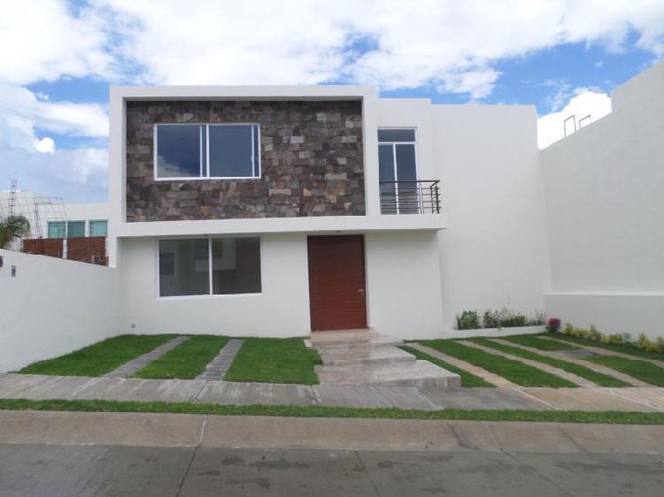 Hermosa casa en venta residencial porta toscana a 10 minutos