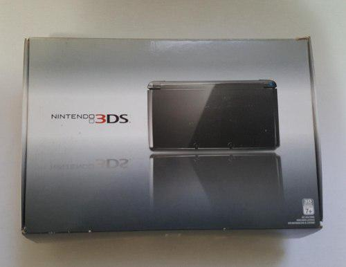 Nintendo 3ds con 4 juegos, memoria y accesorios