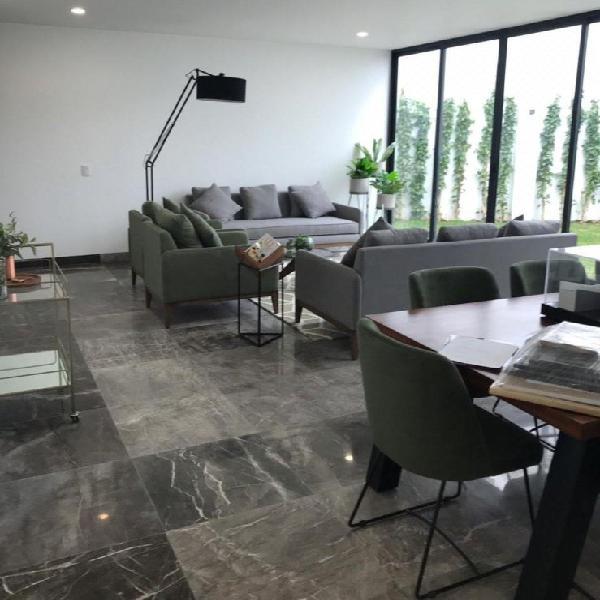 Av. san francisco, desarrollo de casas en condominio