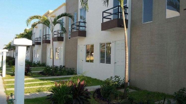 Casa en venta en acapulco, guerrero, punta diamante a 10
