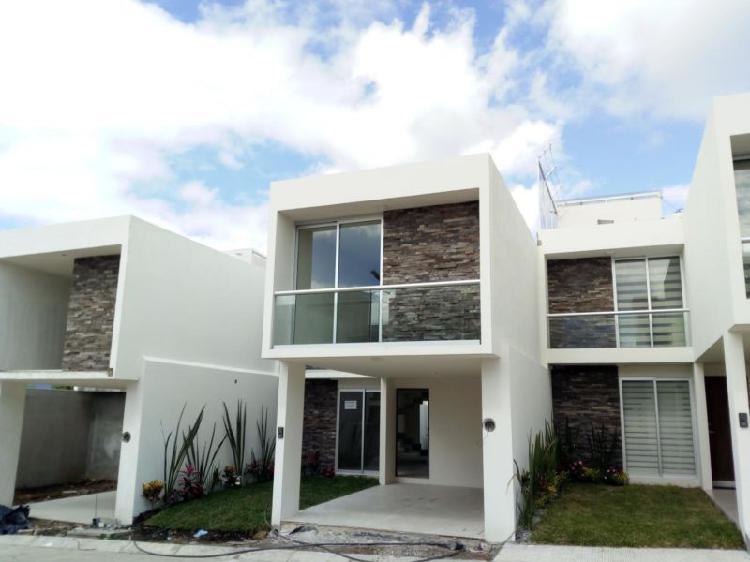 Excelente y hermosa casa de 4 habitaciones con espacios