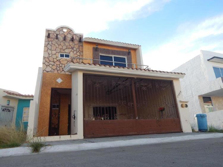 Casa en venta en mazatlán de 3 recámaras fracc. privado