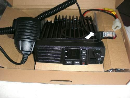 Radio movil o de base vhf 60 watts de potencia