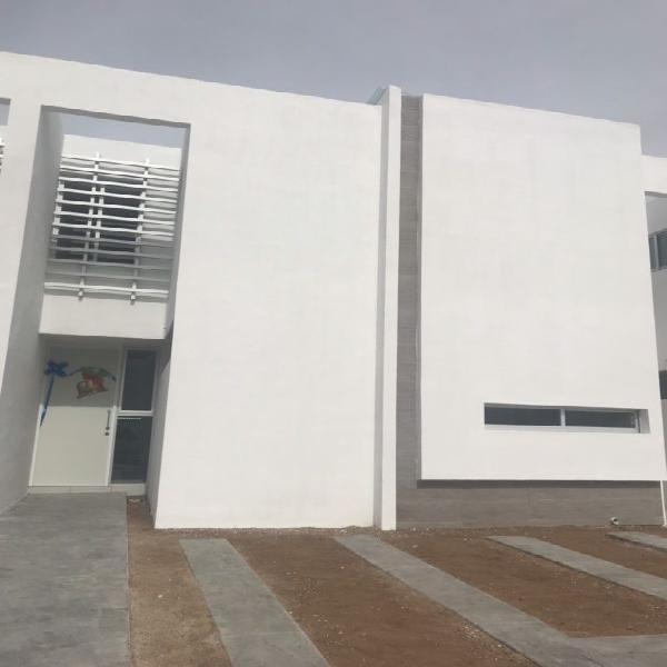 Casa nueva en renta barlovento