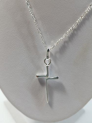 8216213bb0de Dije de cruz plata ley.925 incluye cadena joyeria.