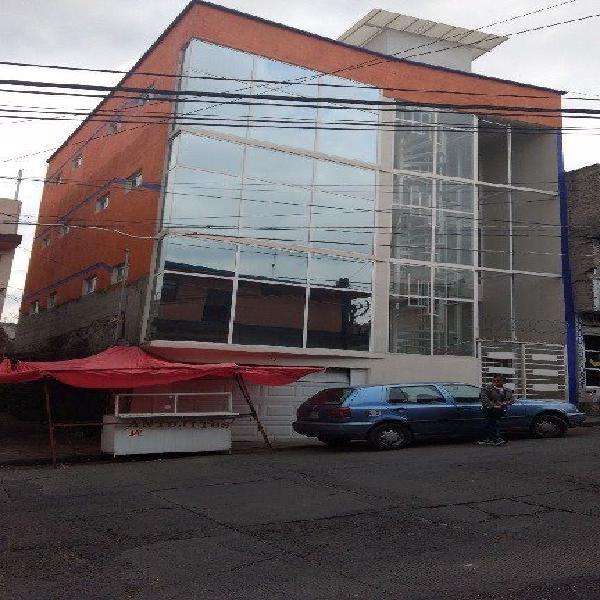 Nicolás Romero: Edificio en renta completo o por p