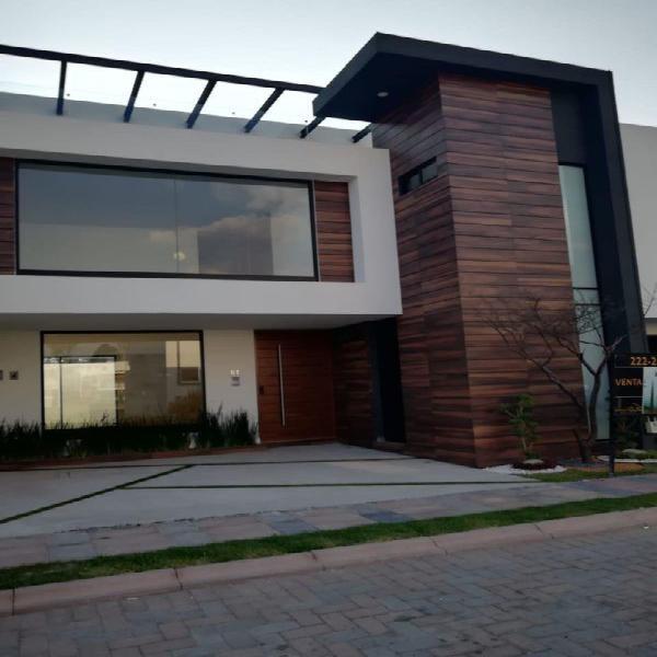 Casa nueva en venta de 4 recamaras en lomas de angelopolis