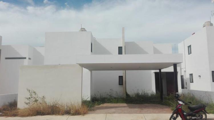 Casa en renta real montejo amueblada
