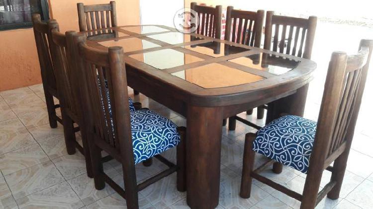 Hermoso comedor de 8 sillas rustico