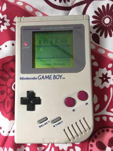 Gameboy clasico con tetris