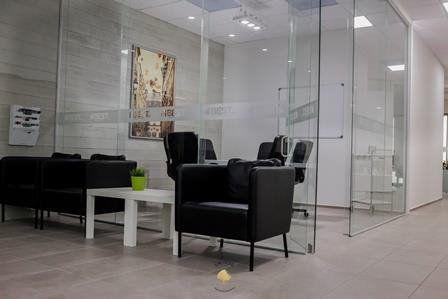 Oficina virtual con uso de oficina en centro de negocios,