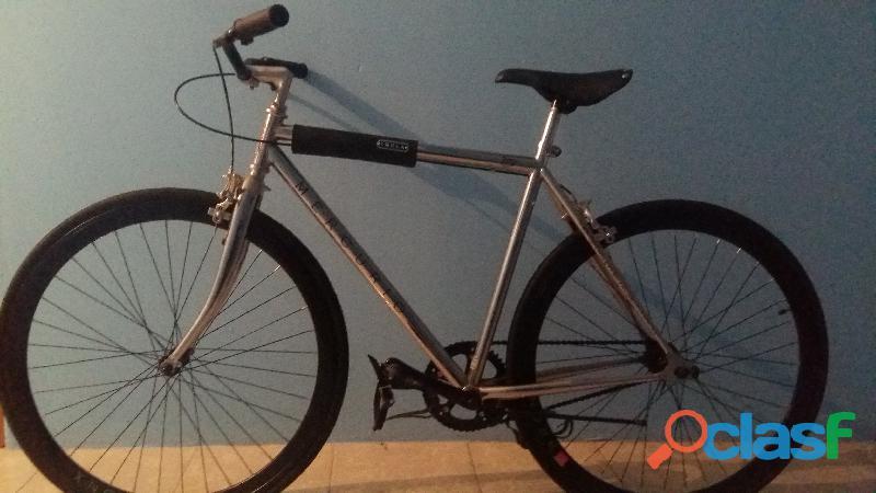 Venta de bicicleta mercurio imola 700 color gris usada