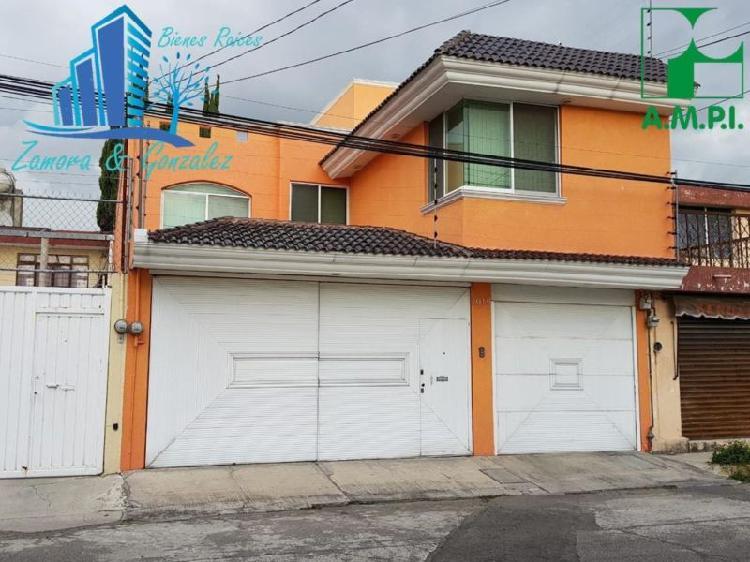 Casa sola en venta en villas de san alenadro puebla. con 4