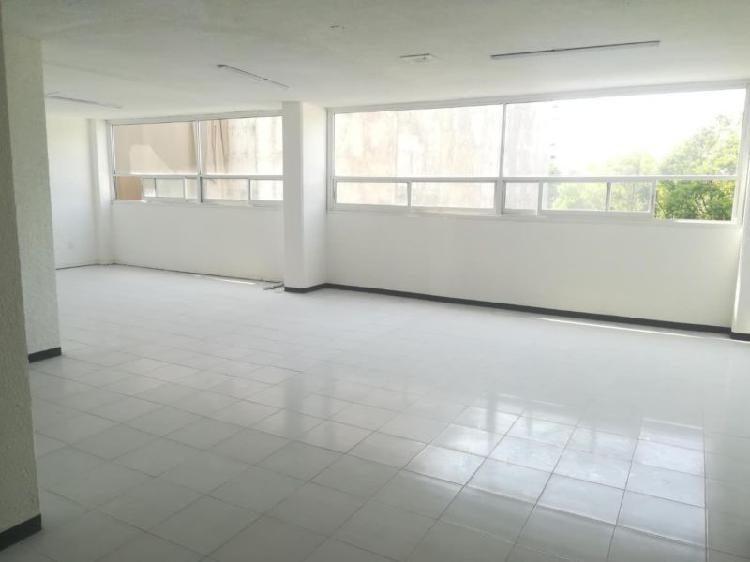 Amplia y bonita oficina en colonia hipodromo condesa