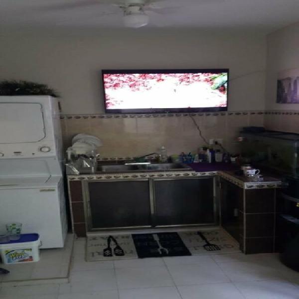 Casa residencial los faisanes /