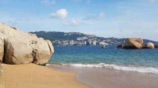 Condesa renta departamento cerca de playa en acapulco