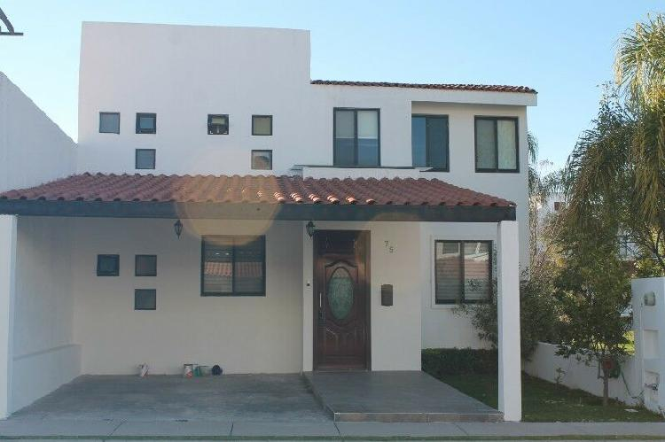 Casa en venta en coto sierra ambar de rancho santa monica