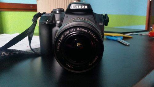 Camara reflex canon eos rebel xs