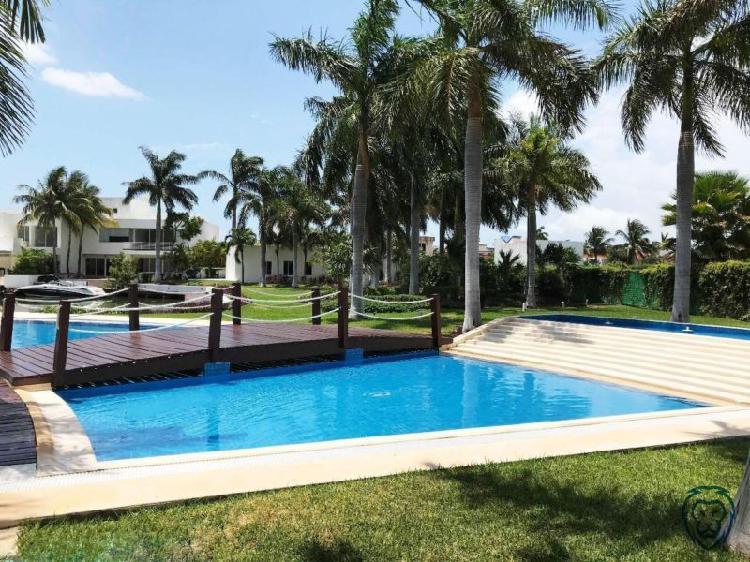 Alquiler de lujoso departamento sin muebles en cancun/ isla