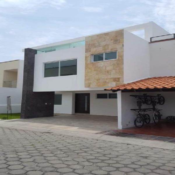 Casa nueva en venta atras de plaza san diego