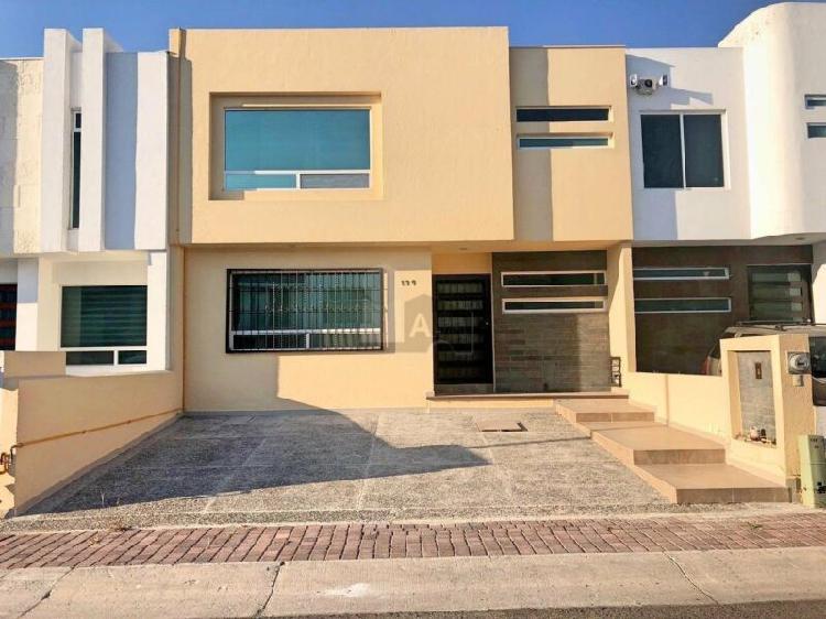 Casa en venta en Queretaro, El Refugio. Hermosa Casa en