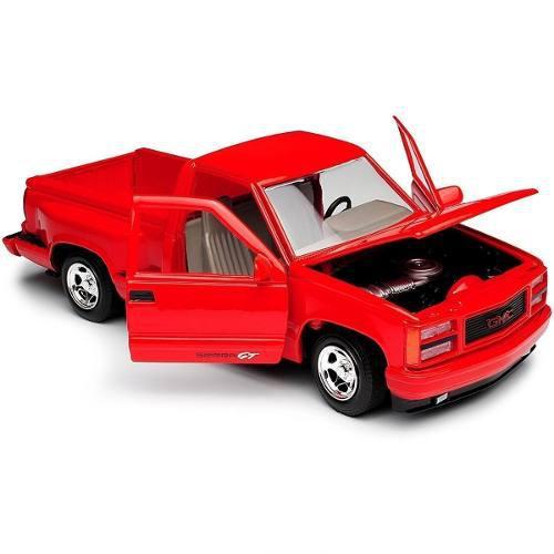 Motor max 1:24 american classics 1992 gmc sierra gt roja