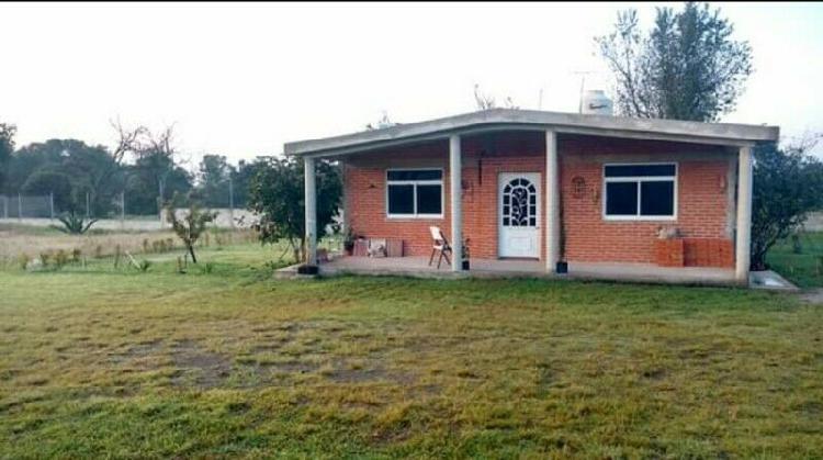 Urge vender casa con amplio terreno cerca de apizaco