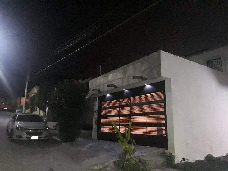 VENDO HERMOSA CASA A FALDAS DEL CERRO DE LA SILLA