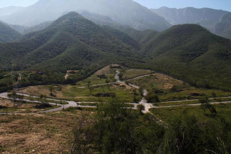 Terreno en venta en carretera nacional los manantiales