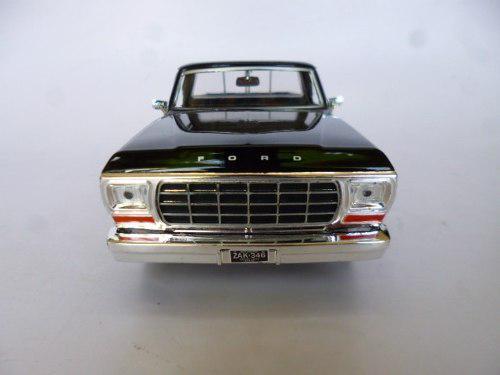 Ford 1979 f-150 pickup esc 1/24 metalica coleccion autos n&b